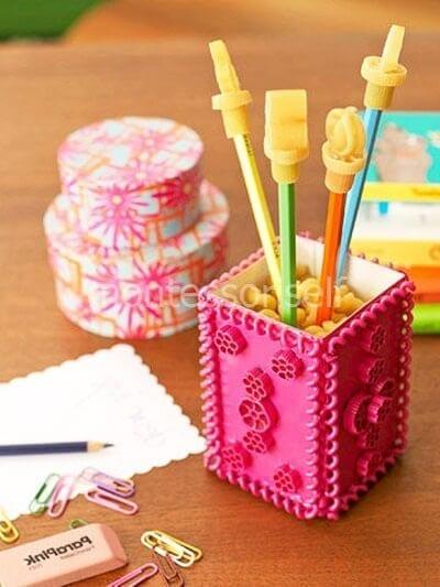 Подставка для карандашей в подарок на День Матери