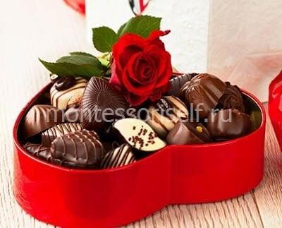 Коробка конфет на День Матери