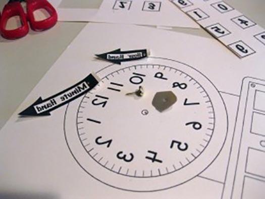 Часы своими руками из картона в школу фото