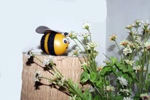 Пчелка для украшения дома