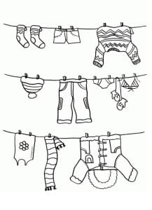 Раскраска зимняя одежда на веревке