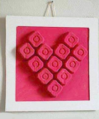 Сердечко из картонных ячееек
