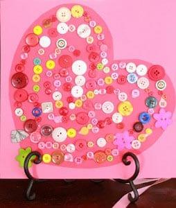 Открытки на День святого Валентина с пуговицами
