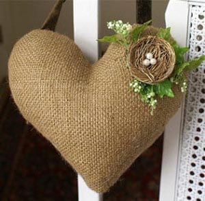 Сердечко из мешковины