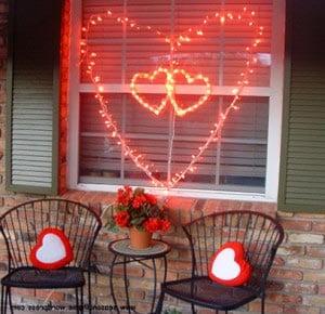 Гирлянда на окно в форме серца