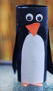 Пингвин из туалетного рулона