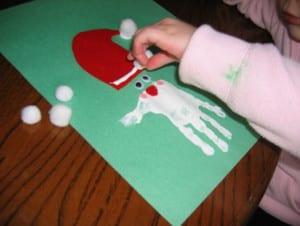 Дед мороз из отпечатка детской ручки