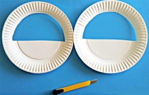 Вырезаем половину тарелки