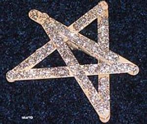 Звезда из палочек от мороженого