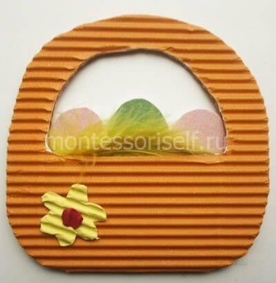 Пасхальная корзинка из гофрированного картона