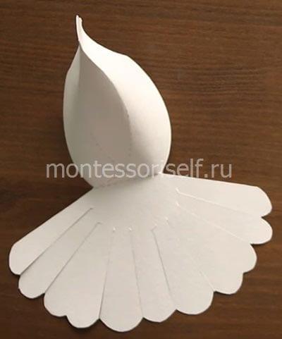 Складываем и склеиваем тельце голубя
