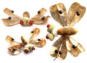 Муха из сухих листьев