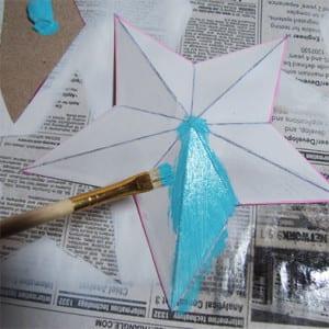 Звезду можно покрасить краской