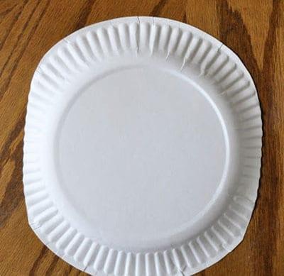 Срезаем края тарелки