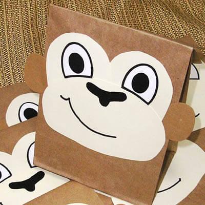 Лицо обезьянки из пакета