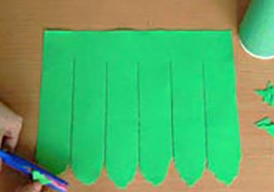 Придаем им форму пальмовых листьев