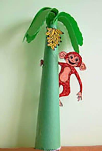 Обезьянка на пальме