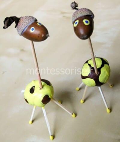 Жирафики из желудей
