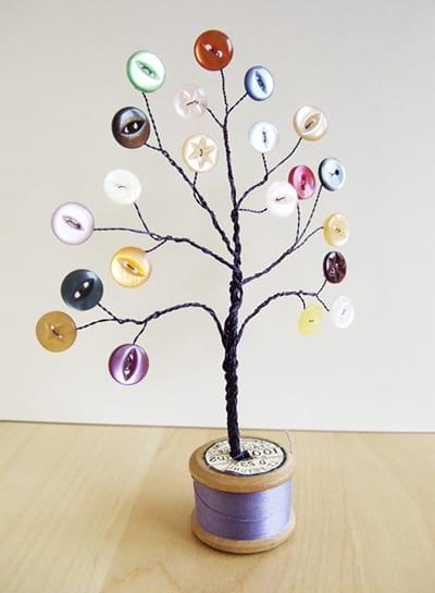 Как сделать дерево из пуговиц