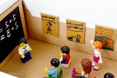 Школа из картонной коробки 3