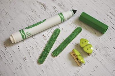 Раскрашиваем палочки