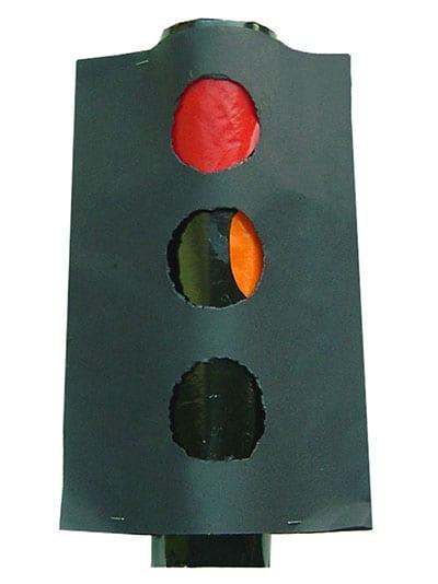 Traffic light from cardboard p womb