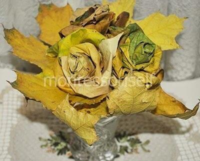 Розы из кленовый листьев своими руками