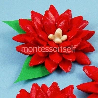 Цветок из тыквенных семечек