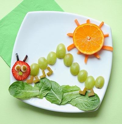 Гусеница из винограда