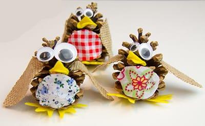 Птички из шишек