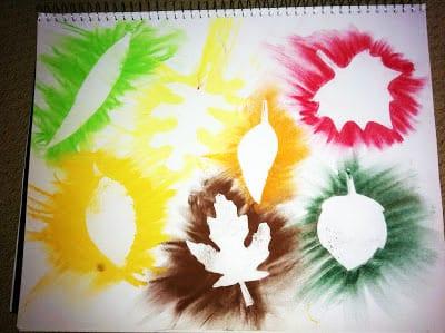 Яркий осенний рисунок мелками