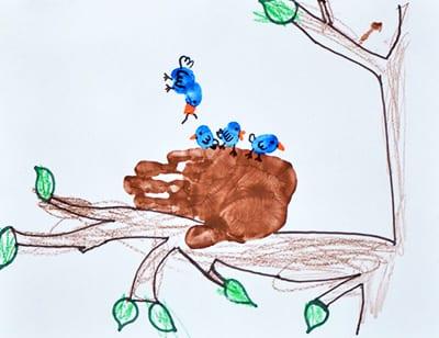 """Рисунок ладошками и пальчиками """"птички"""""""