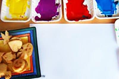 Краски в одноразовых тарелках