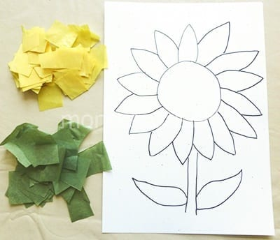Нарезаем бумагу для поделки