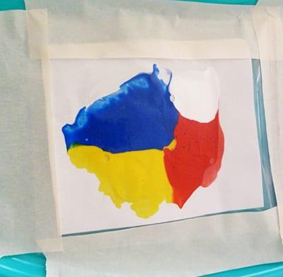 Рисунок из размазанных красок