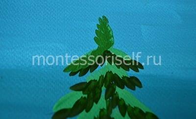 Зеленые штрихи на верхней части веток