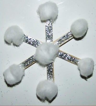 Аппликация снежинка из ваты