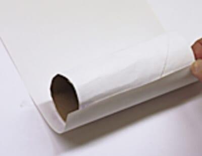 Оборачиваем картонный рулон