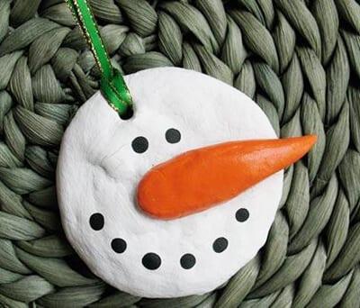 Поделка снеговик из соленого теста