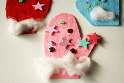 Mittens from felt and cotton