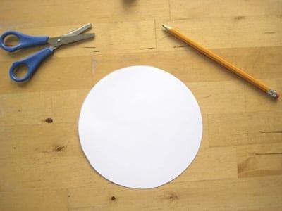 Вырезаем круг