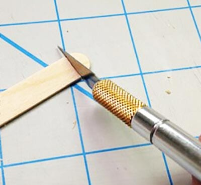 Отрезаем от палочки округлую часть