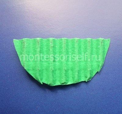 Цветоложе из зеленого гофрированного картона