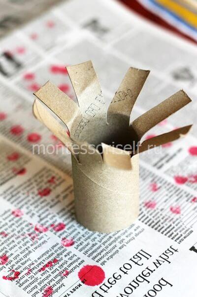 Ствол с ветками из картонного рулона