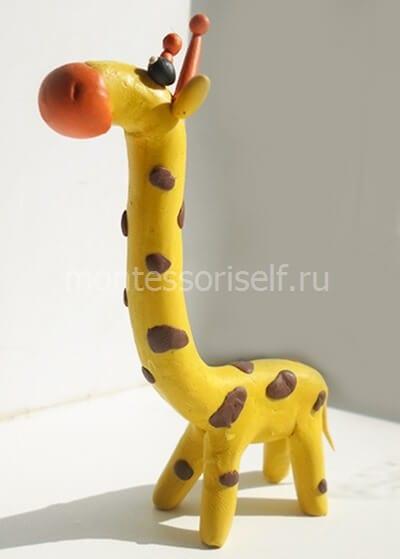 Жираф из пластилина для детей