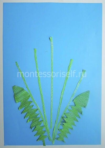 Приклеиваем стебли и листья