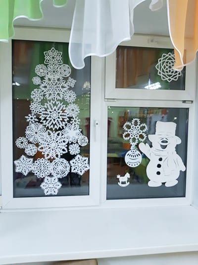 Снежинка - украшение на окна
