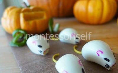 Мышата из чеснока