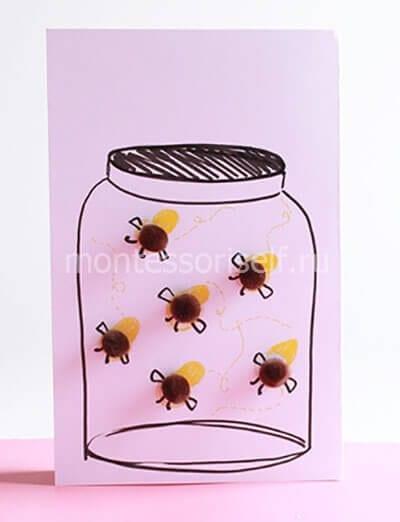 Открытка пчелки в банке