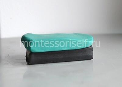 Зеленый и черный пластилин